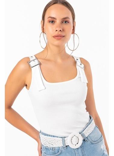 Emjey Askıları Tokalı Kare Yaka Bluz Beyaz